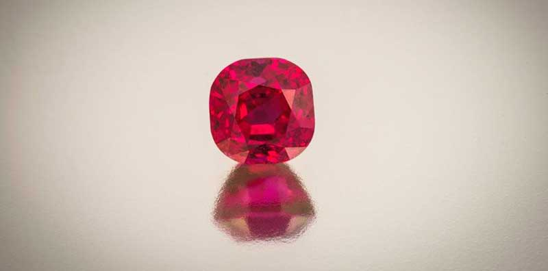 Gemstones and Birthstones - Rubies and all their glorious red juiciness!