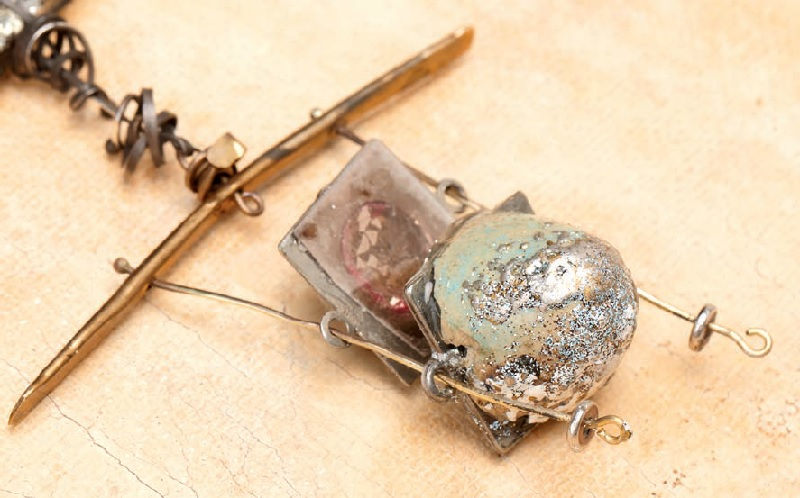 using resin to support fragile egg shells in resin jewelry making