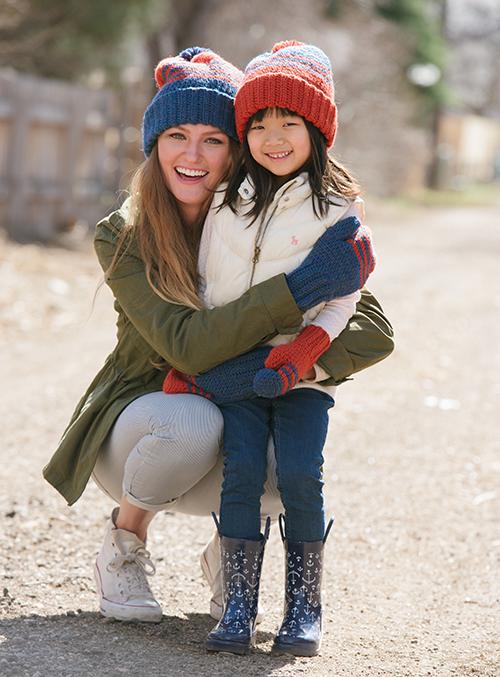Hugs in School Colors Crochet Mittens