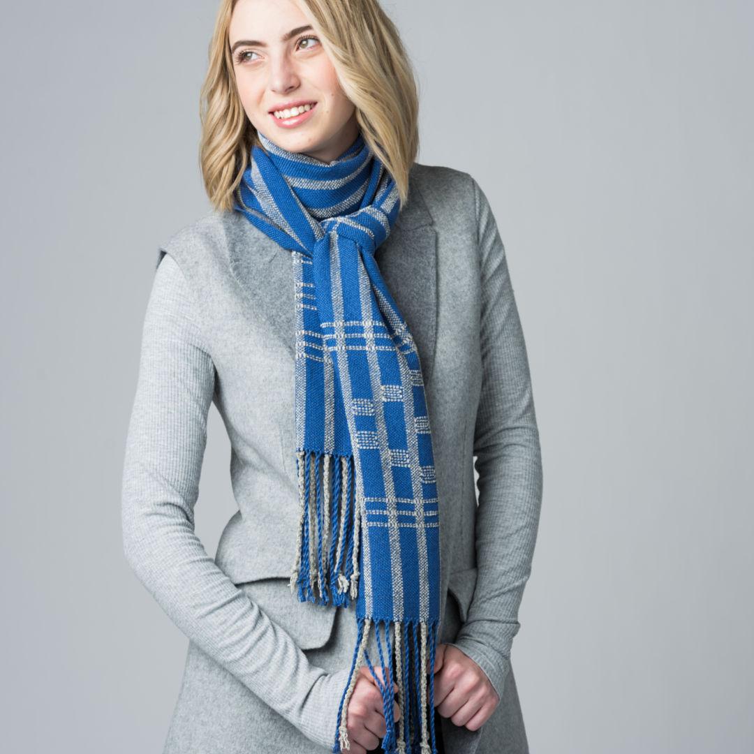 Winter Jasmine scarf