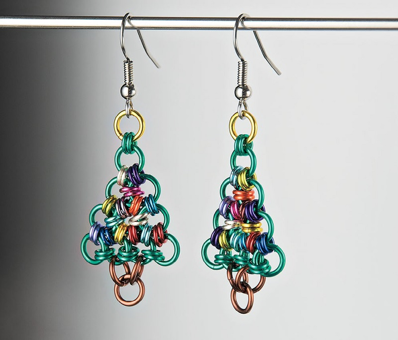 O Tannenbaum chain maille Christmas tree earrings by Shelly Hubbs