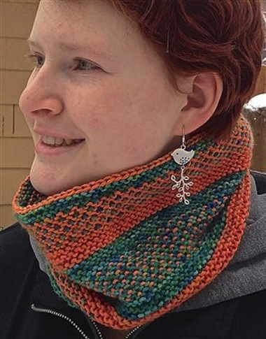 Free Knitting Patterns For Cowls To Download : Slippy Cowl: Free Knit Cowl Pattern! - Interweave