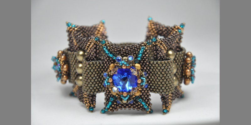 Agnieszka Watts, beadweaving, beading, bead embroidery, motivation monday, beading story, Beadwork magazine