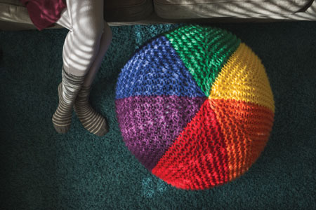 knit foot stool pattern