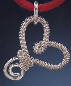 make the Sterling Gesture wire pendant by Marie Carter
