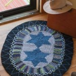 The Star of Rag Rugs to Knit