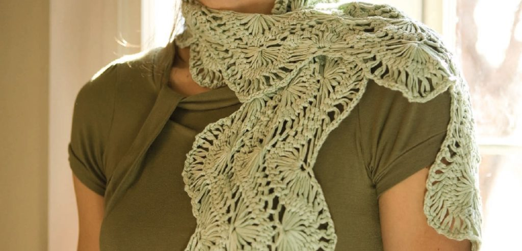 Tressa hairpin lace scarf by Kristin Omdahl