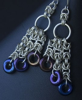 make the Triple Cascade chain maille earrings with a handy kit