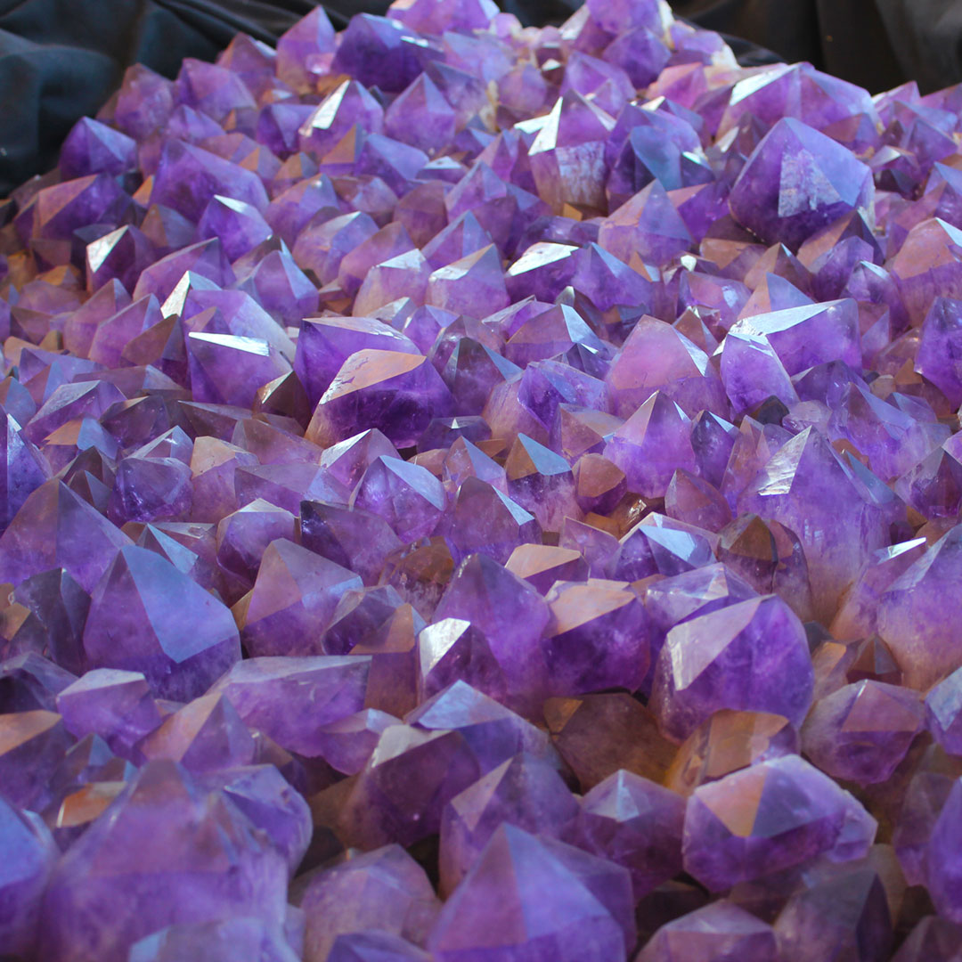 Official tucson gem show guide by madden media.