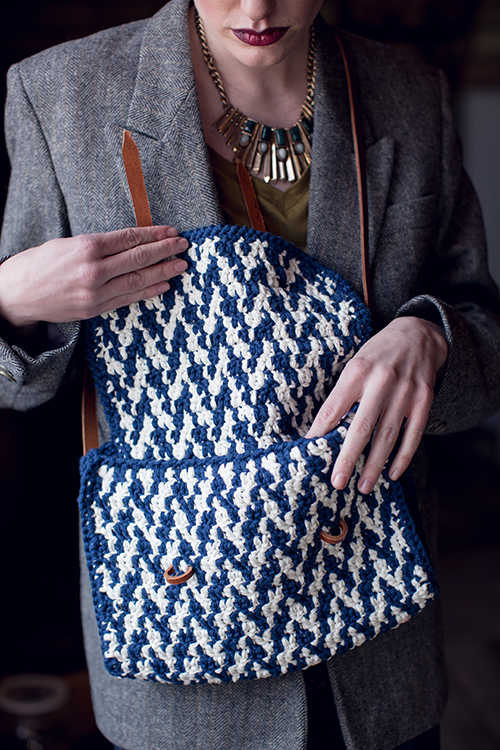 Tweedy Crochet Bag Open