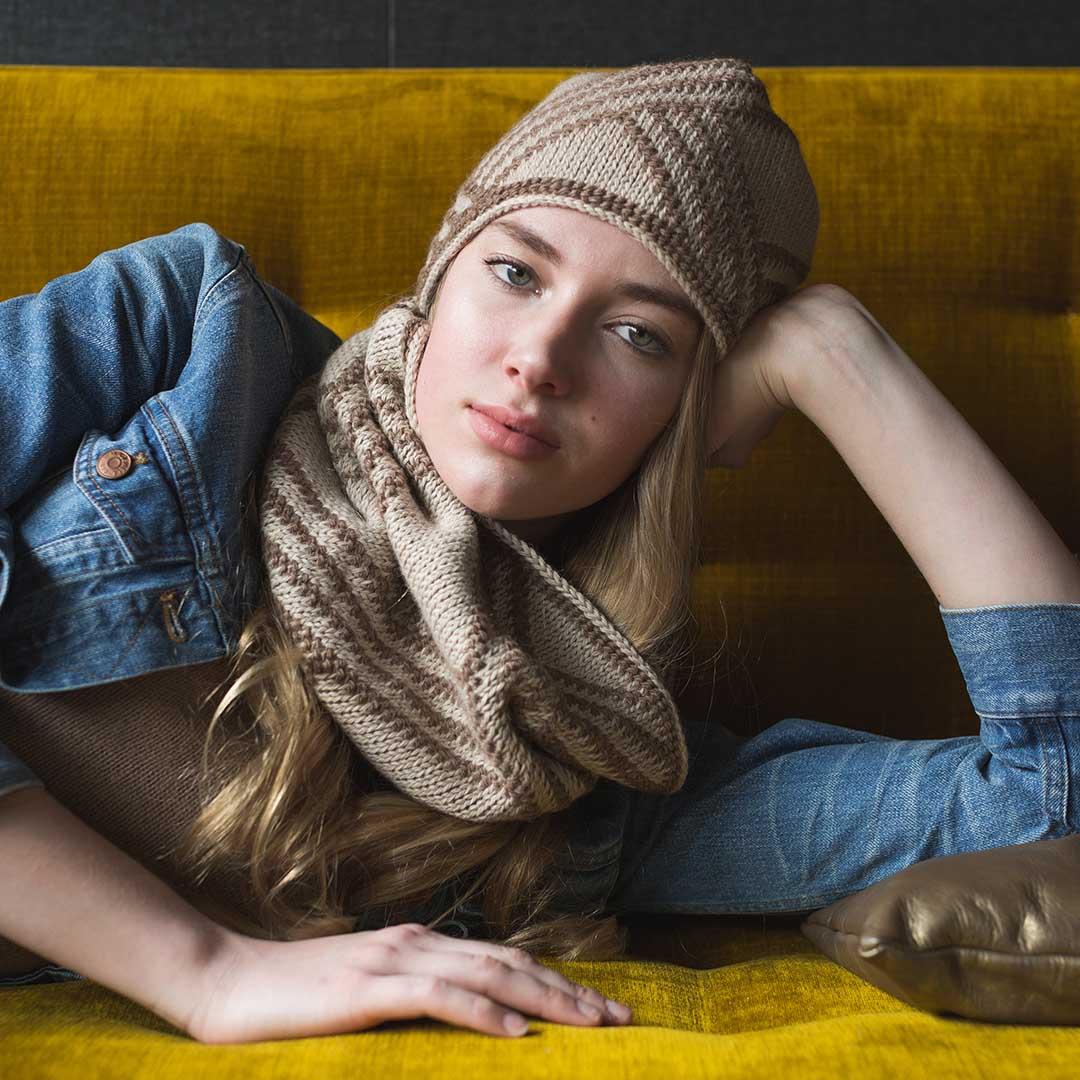 Urbane Hat and Cowl Interweave Crochet Winter 2019 CREDIT: Harper Point Photography