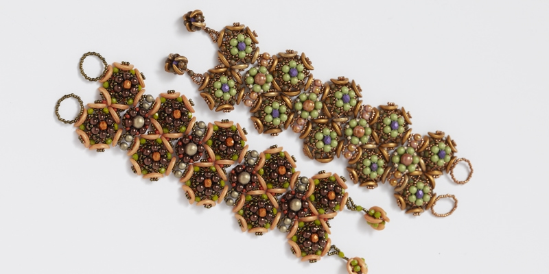 <em>Beadwork</em> Alternate Colorway Information for Agnieszka Watts's Gardens of Eden Bracelet Pattern