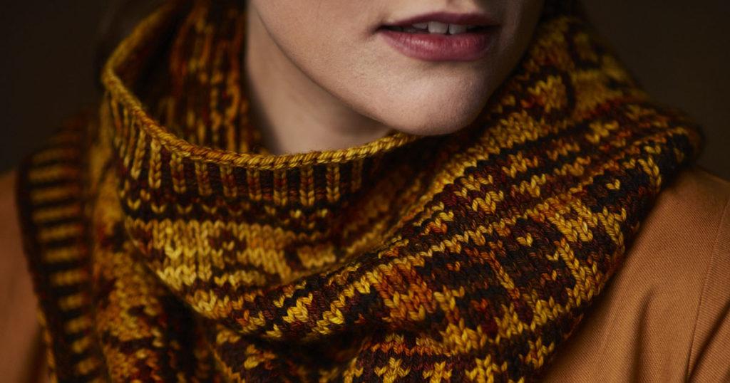 <em>Knitting Traditions</em> 2018: Wings &#038; Keys Cowl