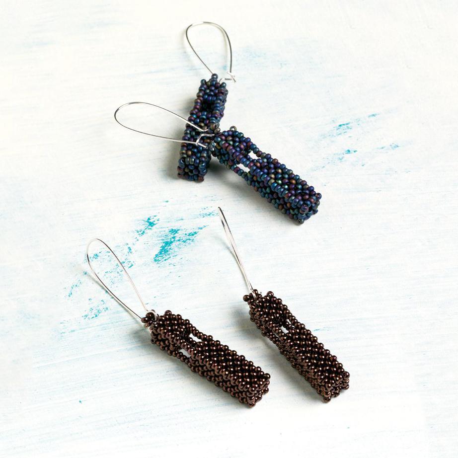 Lantern Earrings by Sára Zsadon seed bead patterns