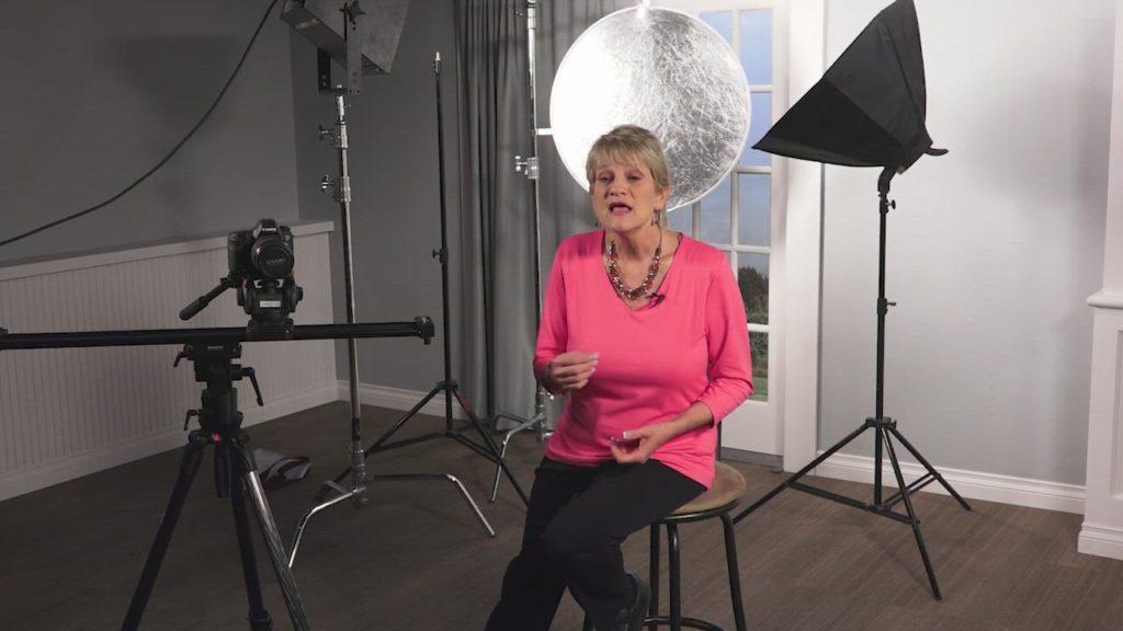 Artist Profile: Meet Carolyn Edlund