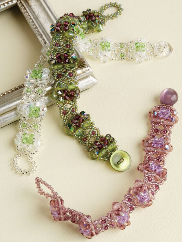 Learn how to make a beaded bracelet with this free eBook on bead netting techniques.