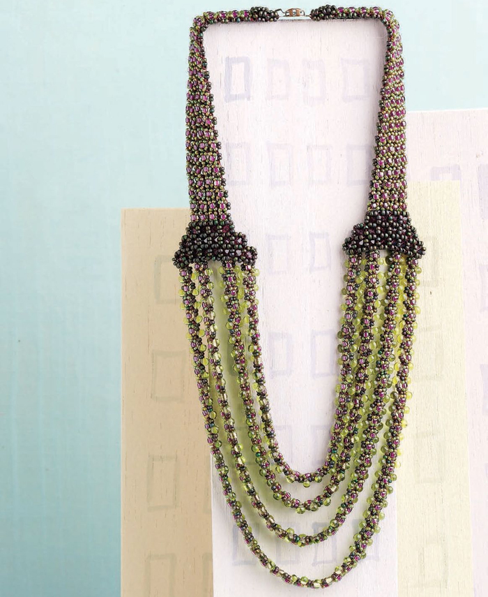 Learn how to make necklaces with this free beaded collar necklace design.