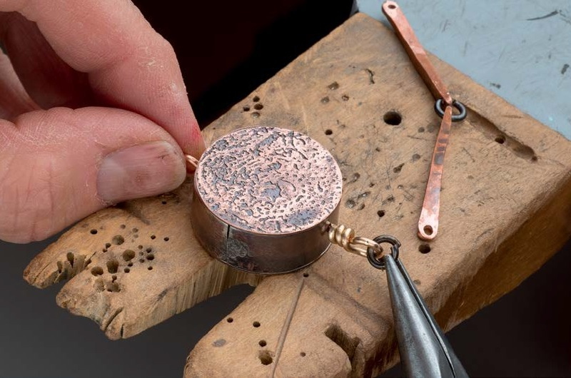 Learn to use jewelry-making tools with our Beginner Basics collection.