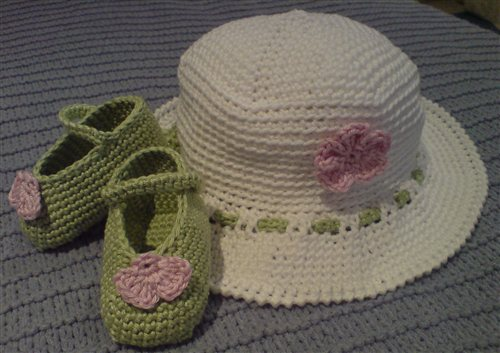 Crochet Baby Hat Sun And Crochet Baby Booties Interweave
