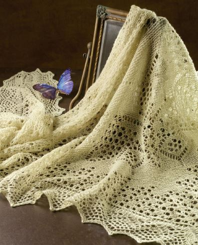 Want to learn how to knit this elegant butterfly shawl? Let this Pin be your guide!