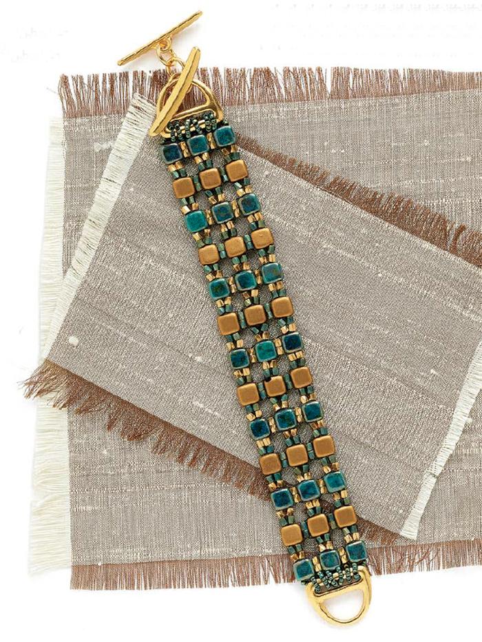 Bead weaving patterns for back to school, Calliope Columns Bracelet, by Stefanie Deddo-Evans