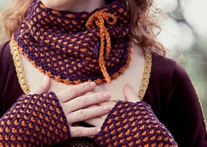Learn how to crochet these mittens and accompanying cowl in this FREE guide.