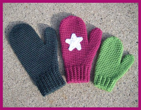 How to make crochet mittens with this FREE crochet mittens pattern, Mrs. Murdock's Mittens.