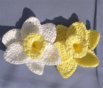 Free Crochet Daffodil Flower Pattern : Daffodils of Spring Crochet Flowers - Interweave