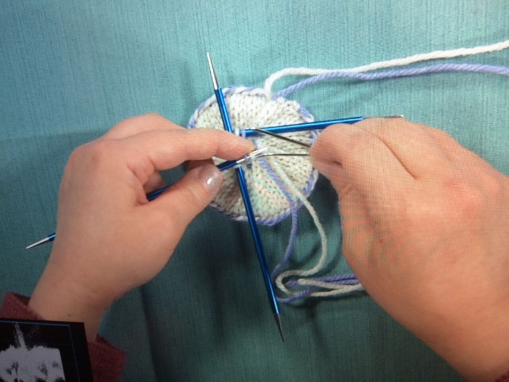 Demystify double knitting with Heather Zoppetti's exclusive video workshop!