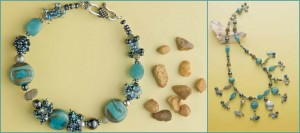 Make an easy beaded necklace in this free beading project with beaded beads.