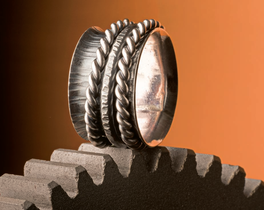 This spinner ring by Lexi Erickson appeared in Making Soldered Jewelry; photo: Jim Lawson