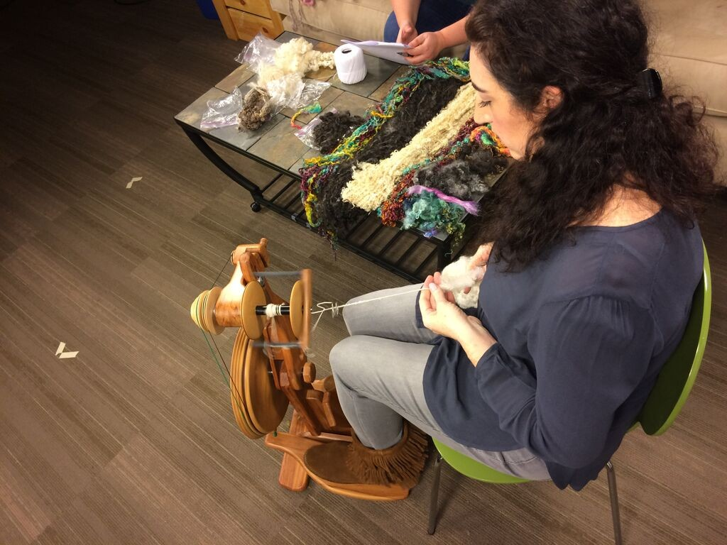 esther-rodgers-spinning-art-yarns
