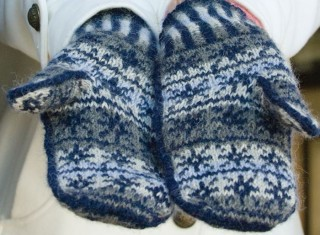 Inspired by the White Witch in the Chronicles of Narnia, you'll love these knitted mittens in our FREE eBook that contains 6 mitten knitting patterns and more.