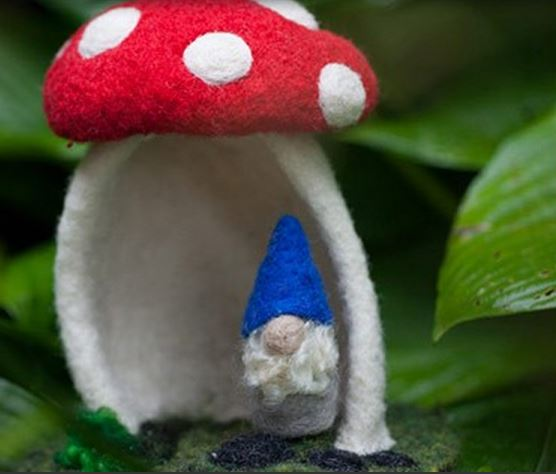 felted-mushroom-house