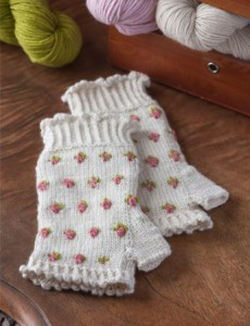 Rosebud Fingerless Gloves to Knit by Eileen Lee. PieceWork July/August 2016. Photos by Joe Coca.