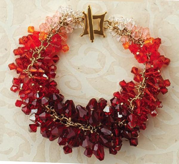 Firecracker bracelet, by Lindsay Burke. Jewelry Stringing magazine