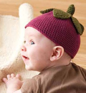 The Berry Baby Hat and Booties is adorable babywear that is an easy baby crochet pattern.