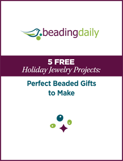 You'll love these FREE holiday jewelry projects that are the perfect beaded gifts to make.