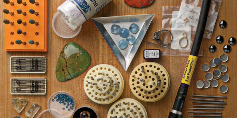 Guide to Jewelry-Making Supplies: Overview of Jewelry Supplies and Incorporating Jewelry Findings