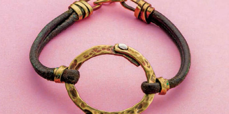 Leather Jewelry Making: 3 FREE Projects on How to Make Leather Jewelry