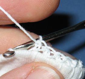 Making single crochets into overcast stitches