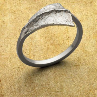 Learn about making jewelry with Argentium sterling silver when you try to create this Flare for Your Finger ring with Amanda Hagerman; photo: Jim Lawson
