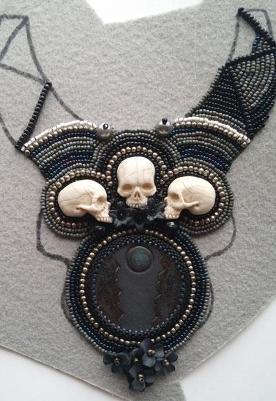 halloween-necklace