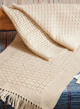 You'll love these free weaving projects for beginners that include handwoven towels and placemats.