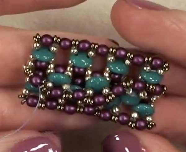 Beadweaving hinges, baste stitching, beadweaving, Nichole Starman, two hole bead system, CzechMates, Hinge & Baste Stitch with Nichole Starman