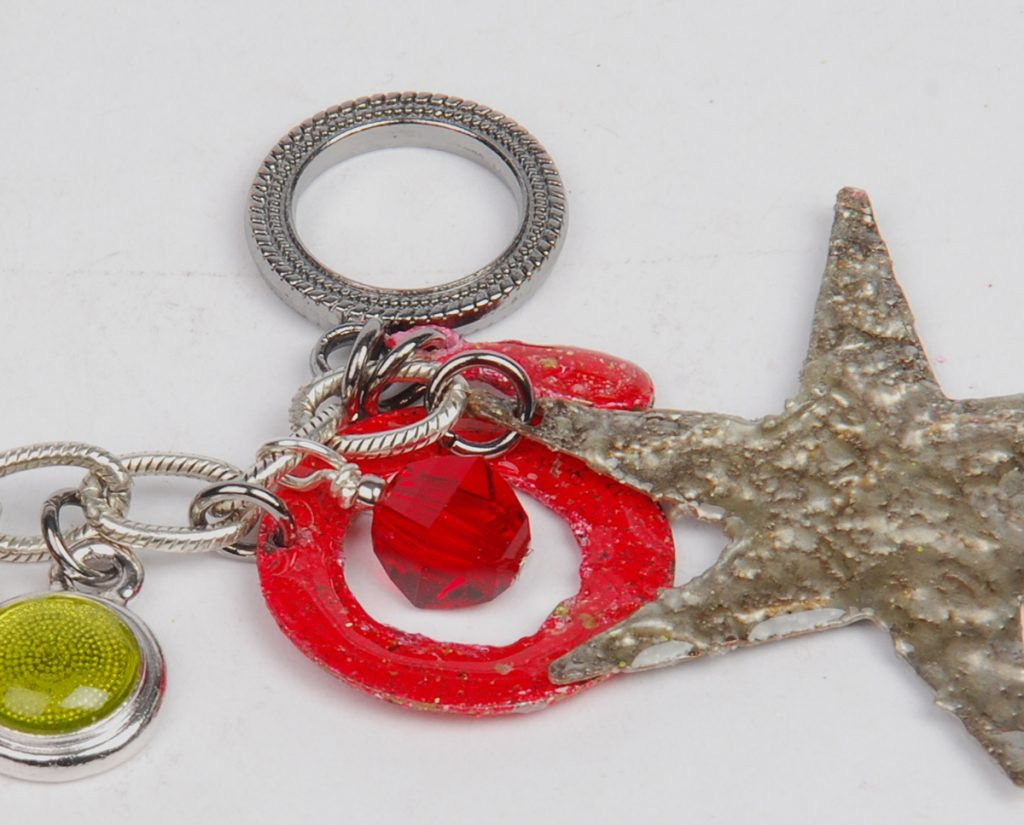 Holiday bracelet design free project by Tammy Honaman resin, Iced Enamels, Swarovski crystals