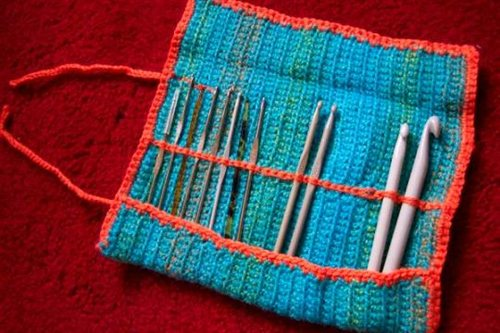 Crochet hook up