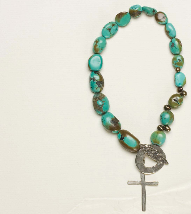 Learn how to make beaded jewelry with this free eBook on learning how to bead.