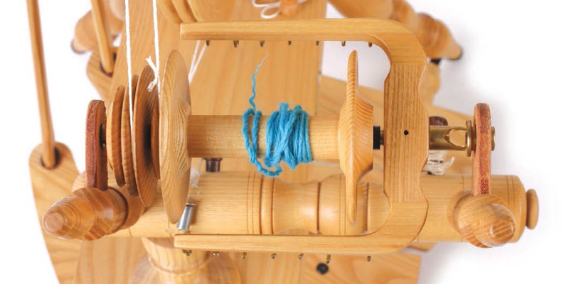 How to Make Yarn: The Essential Guide to Spinning Yarn for Beginners