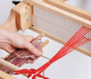 This is the ultimate, free guide on learning about rigid-heddle loom weaving.